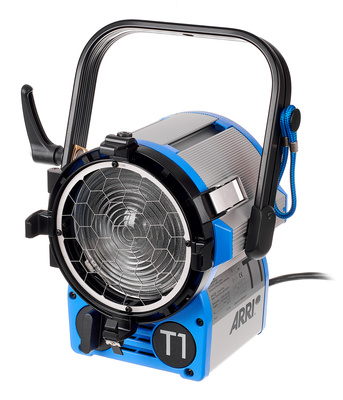 ARRI True Blue T1 1000 W Man