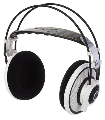 AKG Q-701 White